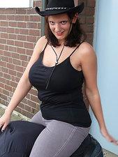 Janina B